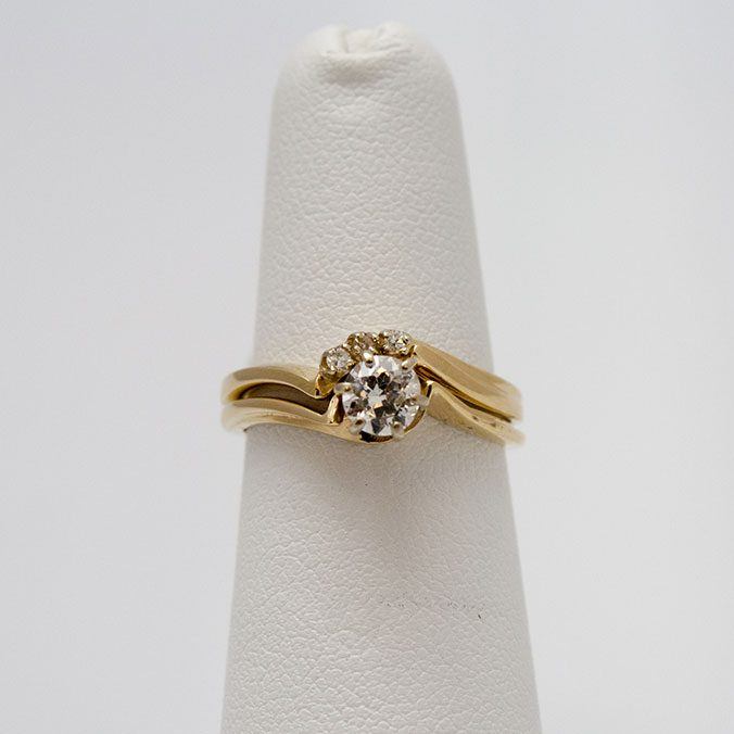14 Kt Yellow Gold Wedding Set