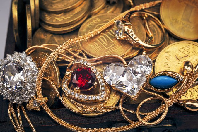 Selling Estate Jewelry To Accurate PMR